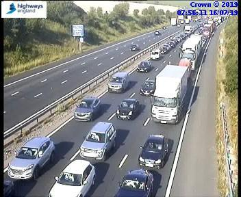 Accident on M4 causing major jams between junctions 8/9 and 10 towards Reading