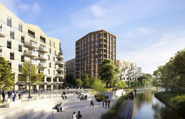 REC_18/07/2019_30_home of week . Huntley Wharf - riverside - july 19