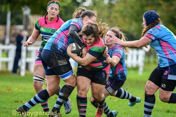 Reading Abbey Nuns (pink/green/blue) beat Guildford 12-7  Pictures by John Taplin