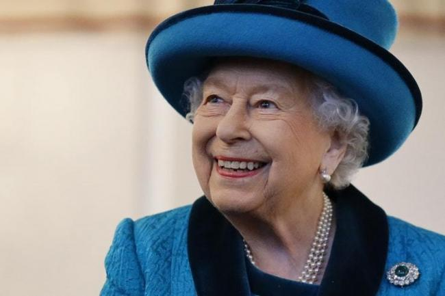 Reading residents still back the monarchy, survey shows