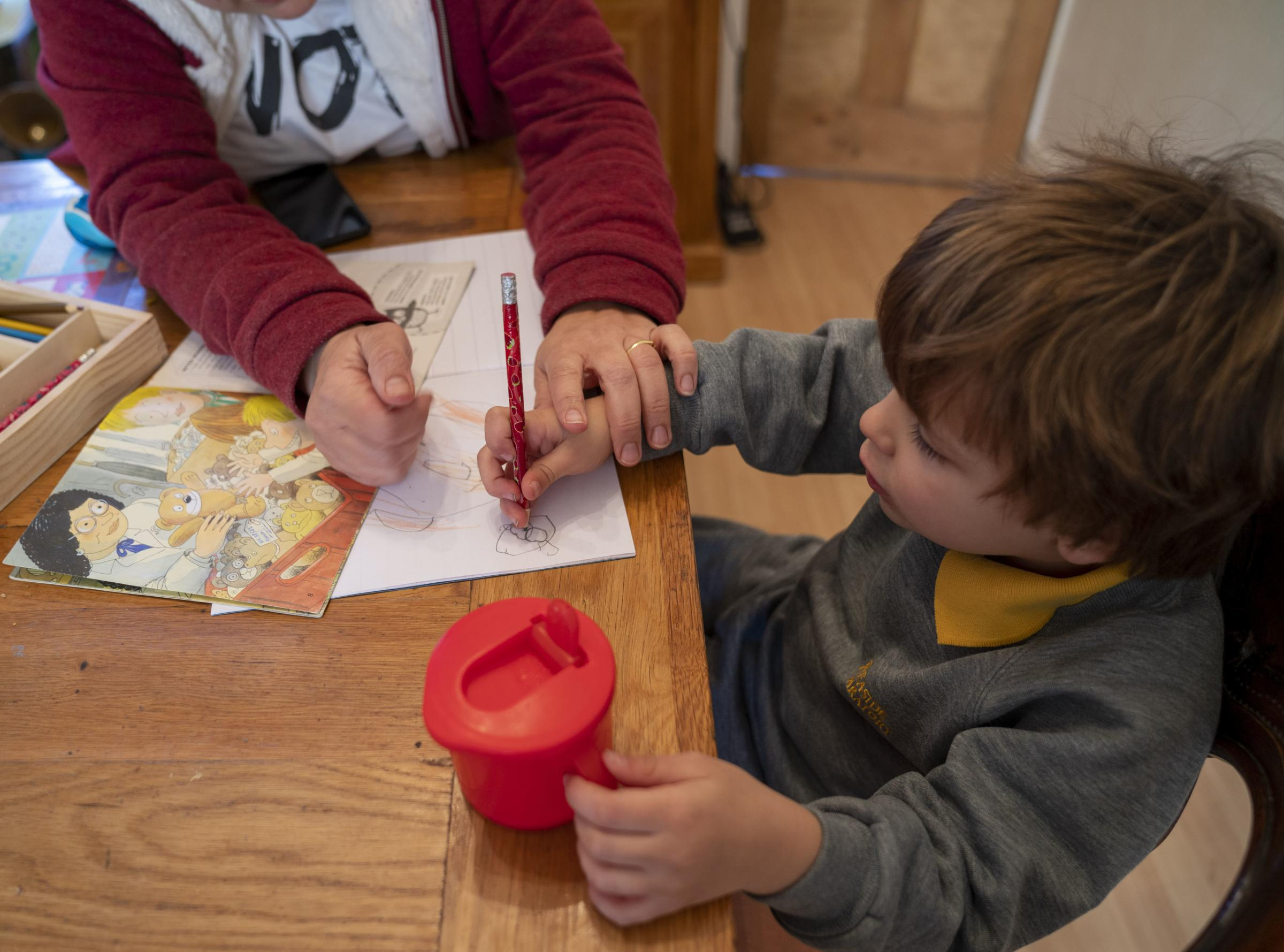 Send in YOUR pictures and tips for home-schooling children