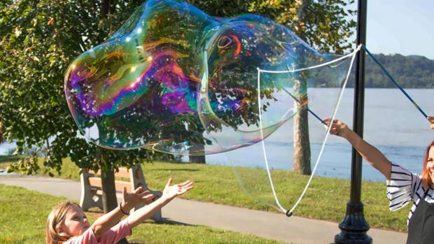 Reading Chronicle: What's not to love about bubbles? Credit: Etsy / BubblePalooza