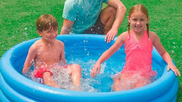 Reading Chronicle: Lower your body temp with this inflatable pool. Credit: Intex