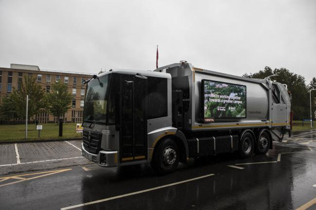 Fully electric waste truck