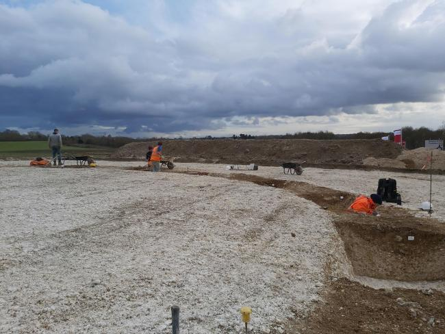 The Foundations Archaeology team uncover evidence of a Bronze Age barrow at Taylor Wimpey's Shaw Valley site