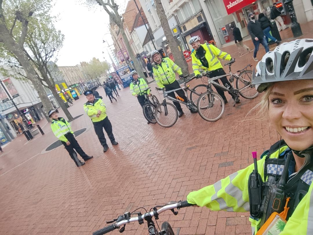 Thames Valley Police officers were reminding residents of the law around e-scooters. Images via TVP and WIkimedia Commons