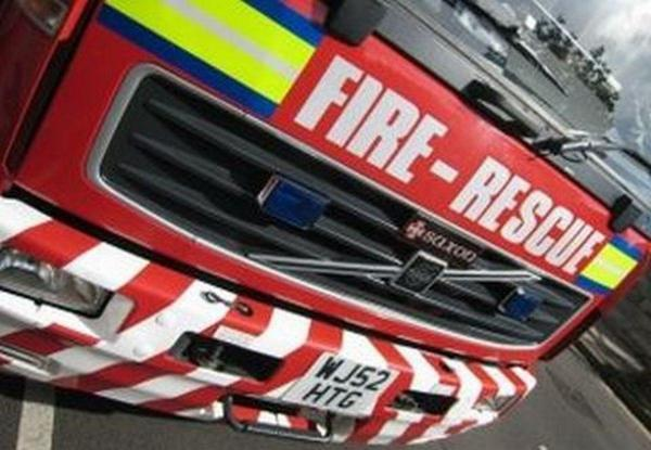 Light fitting fire at industrial unit