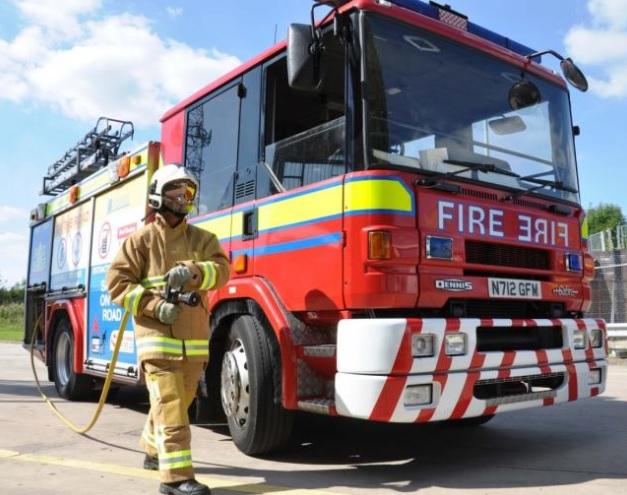 Fire breaks out at rubbish skip