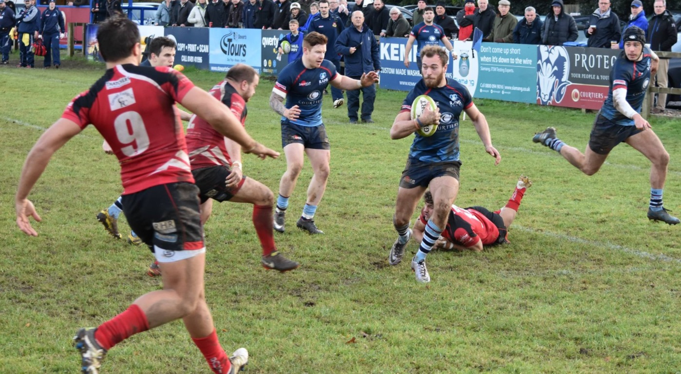 Connor Corrigan scored Redingensians Rams' third try