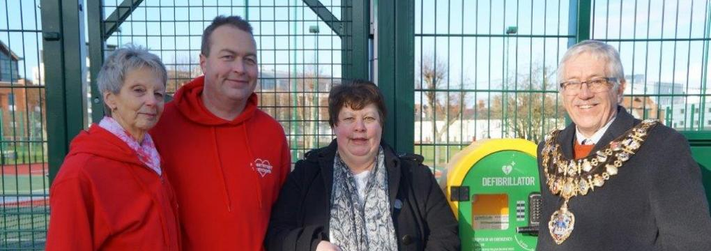 Fundraisers rally to install defibrillator at tennis courts