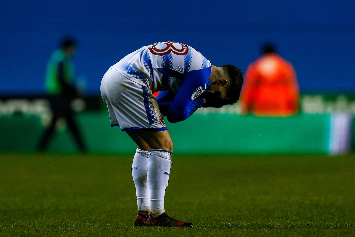 Liam Kelly shows his frustration after Reading's defeat to Brentford on Saturday. Pictures: Jason Dawson/jasonpix