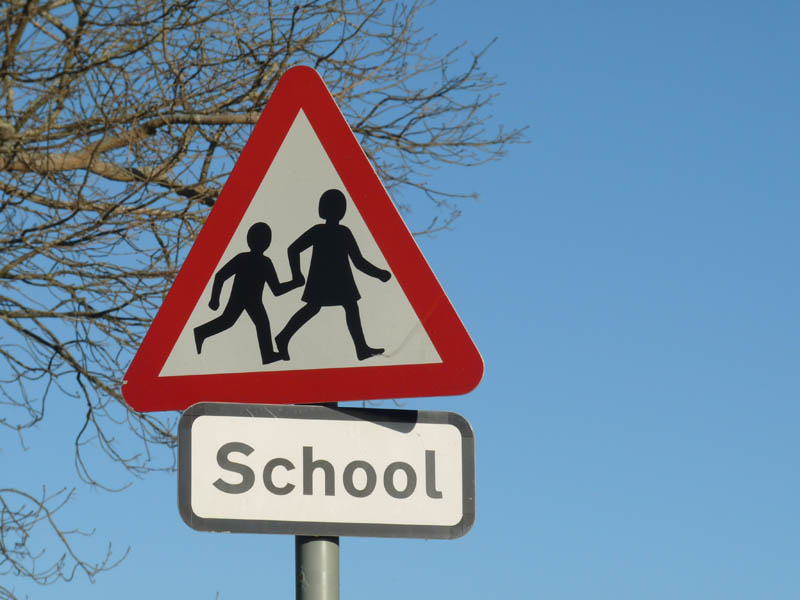 Chiltern Edge School closed due to power cut