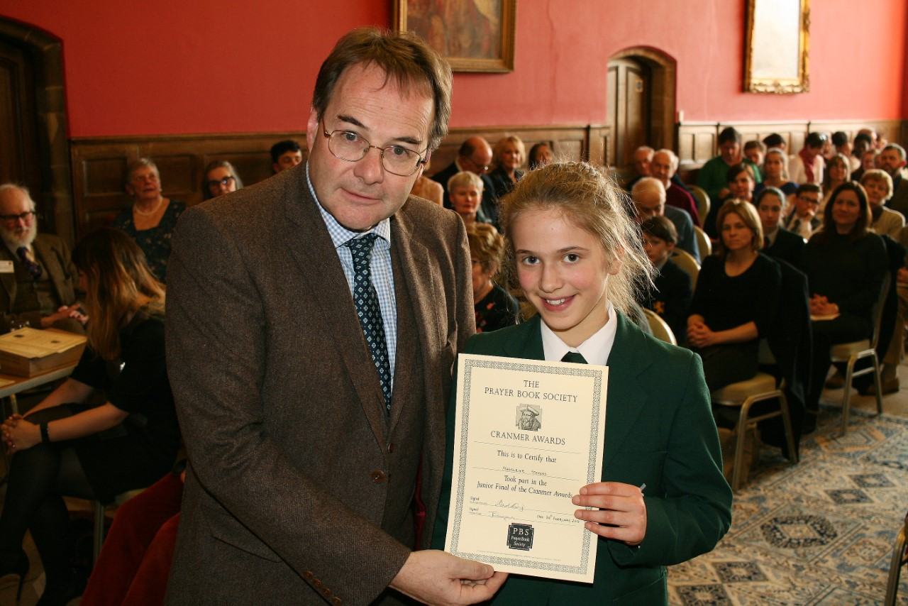 Schoolgirl reaches national final for her ability to recite historical verses