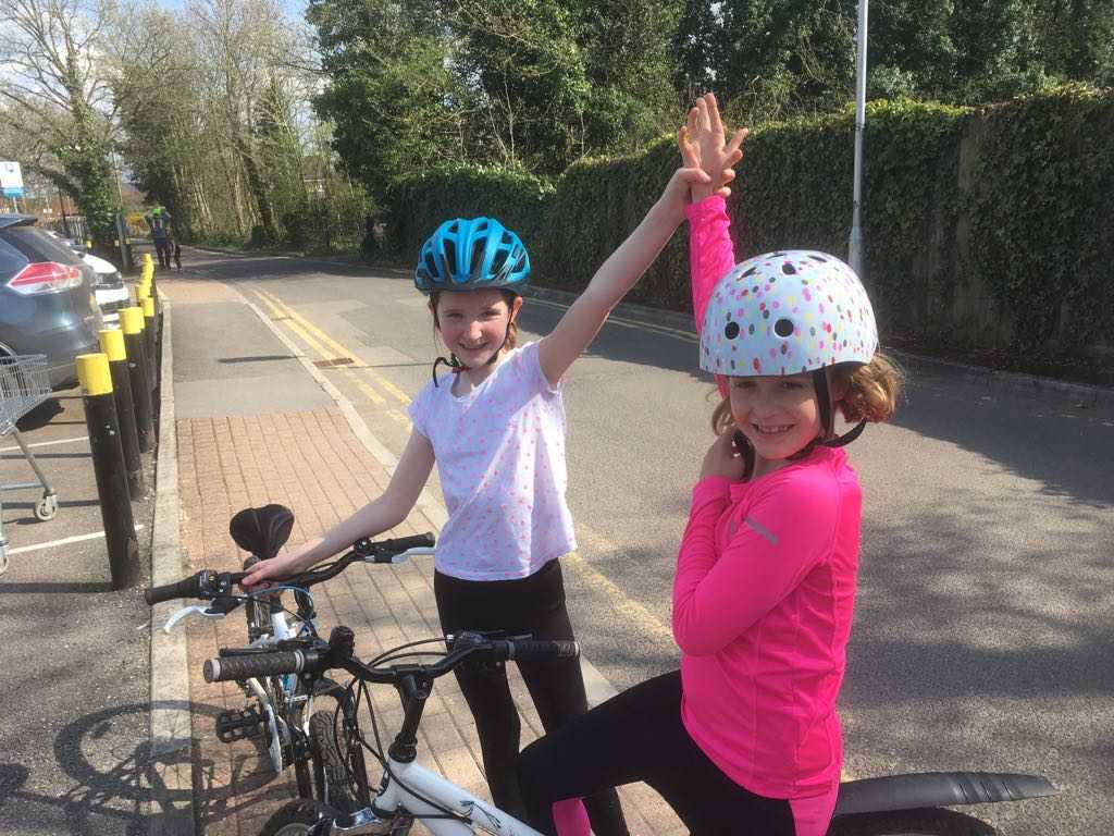 Kirstyn (8) and Jemima (9) raise more than £1,300 for Bloodwise by completing Triathlon