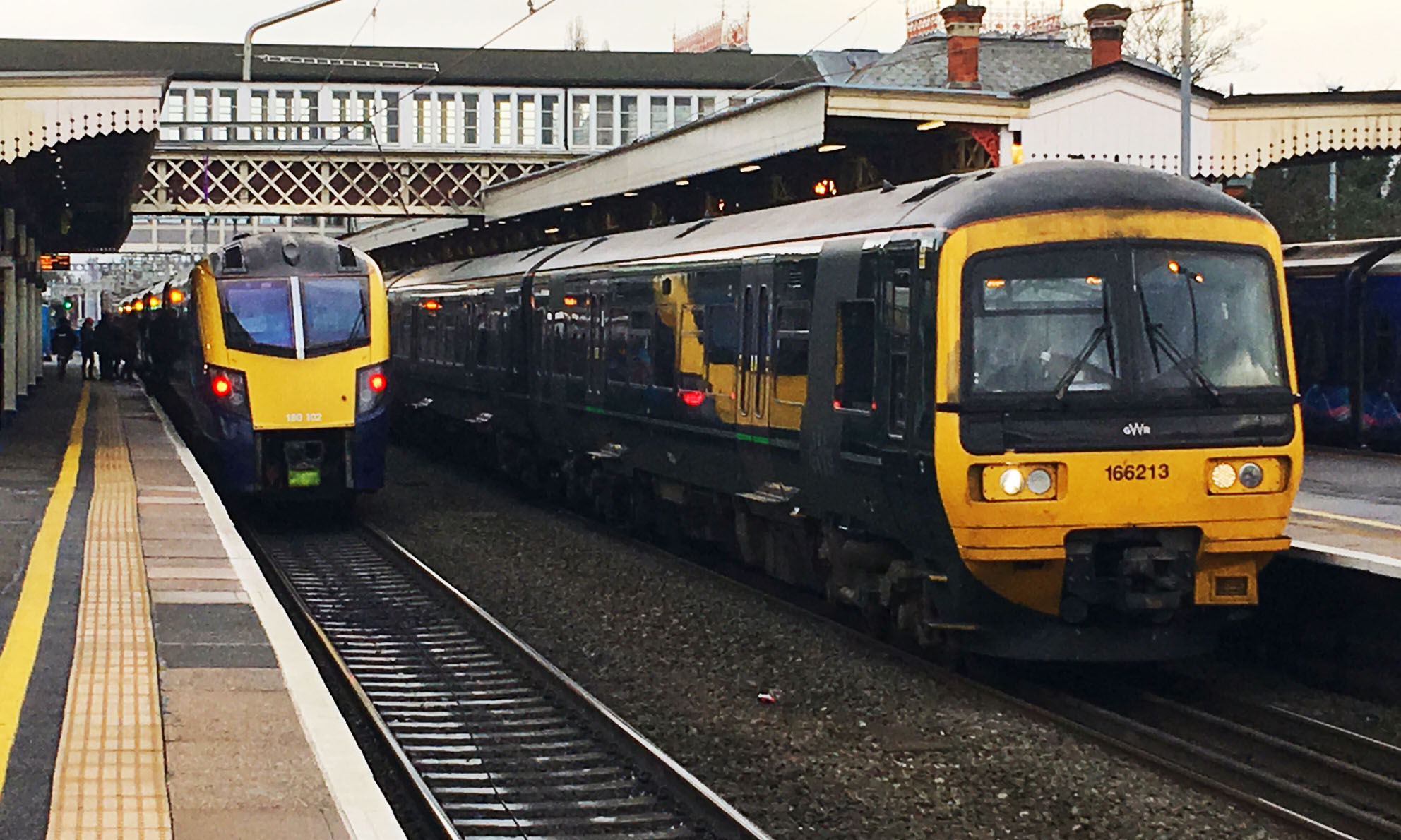 170108 GWR Class 180 and 166 at Slough Station - PIcture: Mike Swift.