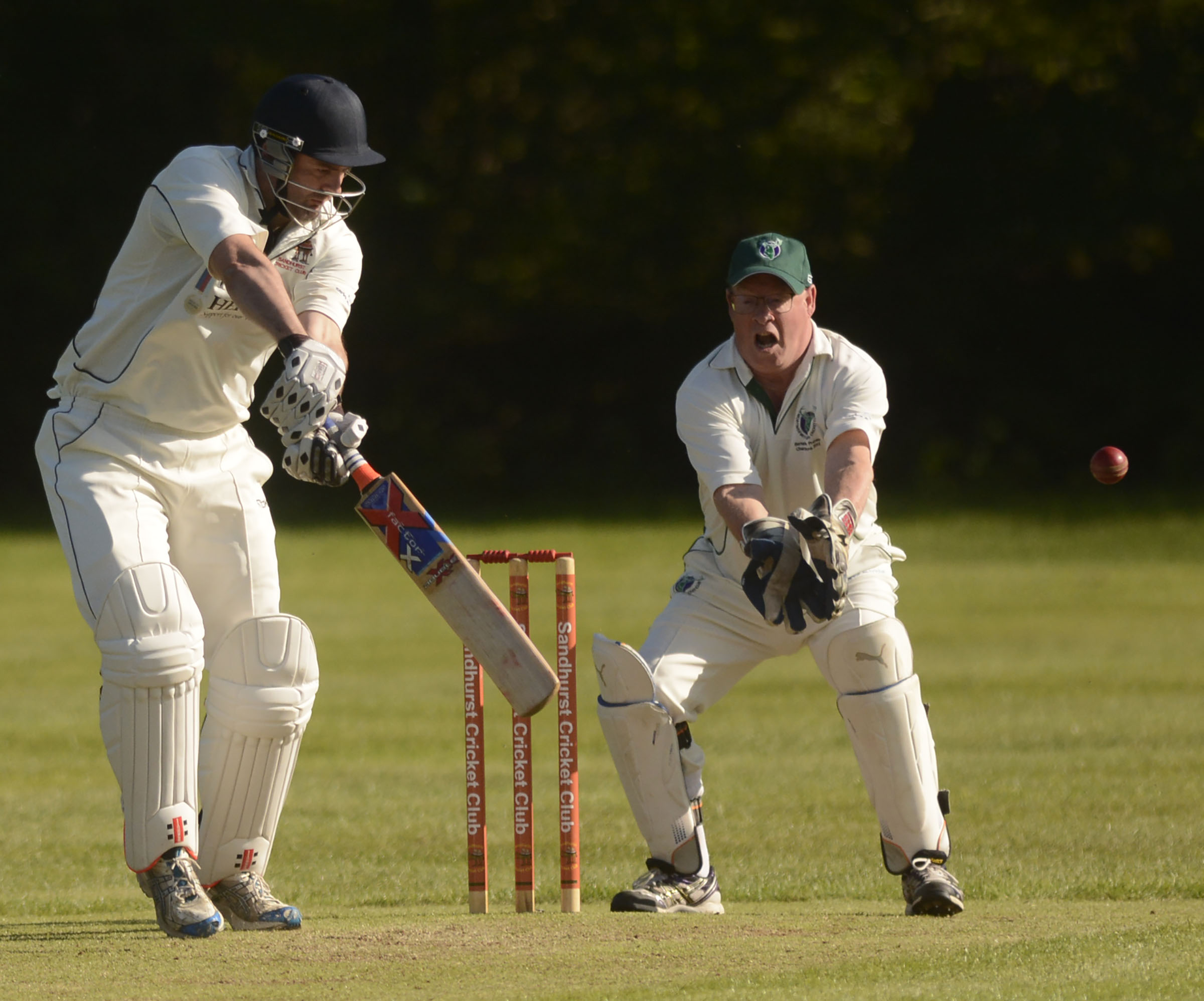 Sandhurst batsman Simon Hards    Picture by Paul Johns    180525