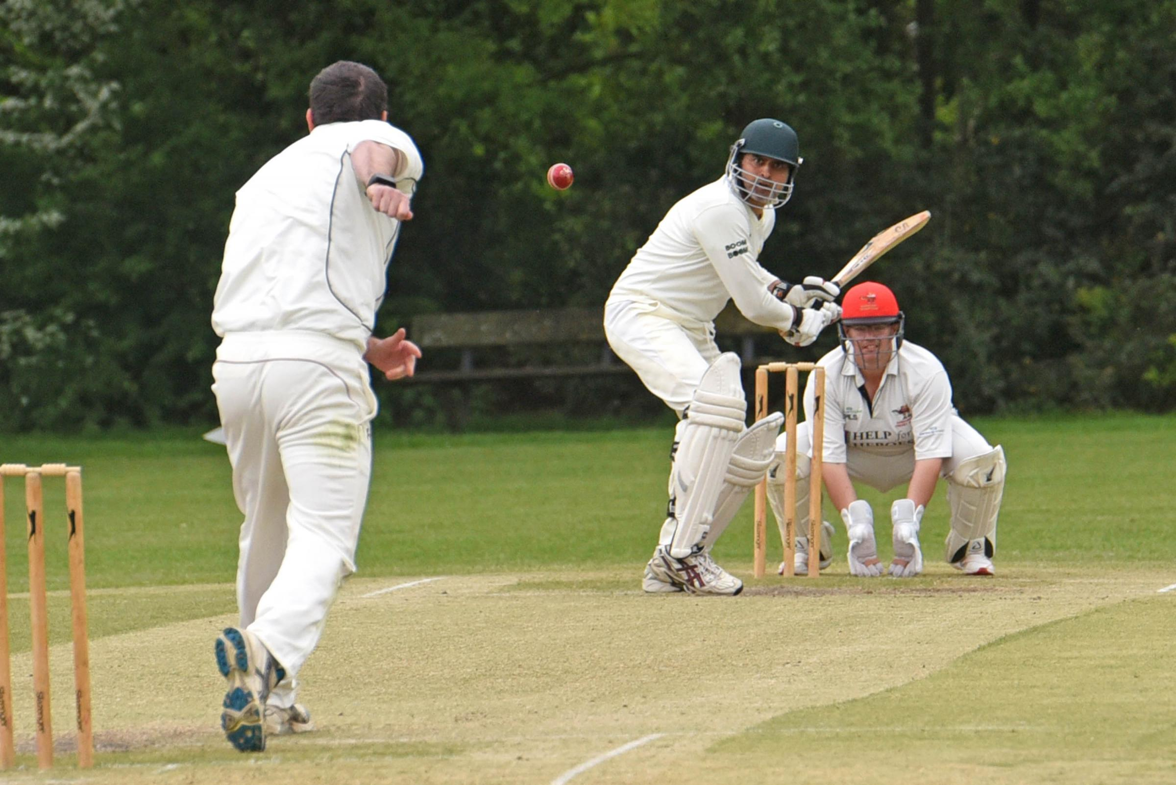Berkshire County Sports opener Talat Nawaz in action against Sandhurst   Picture by Emma Sheppard    180549