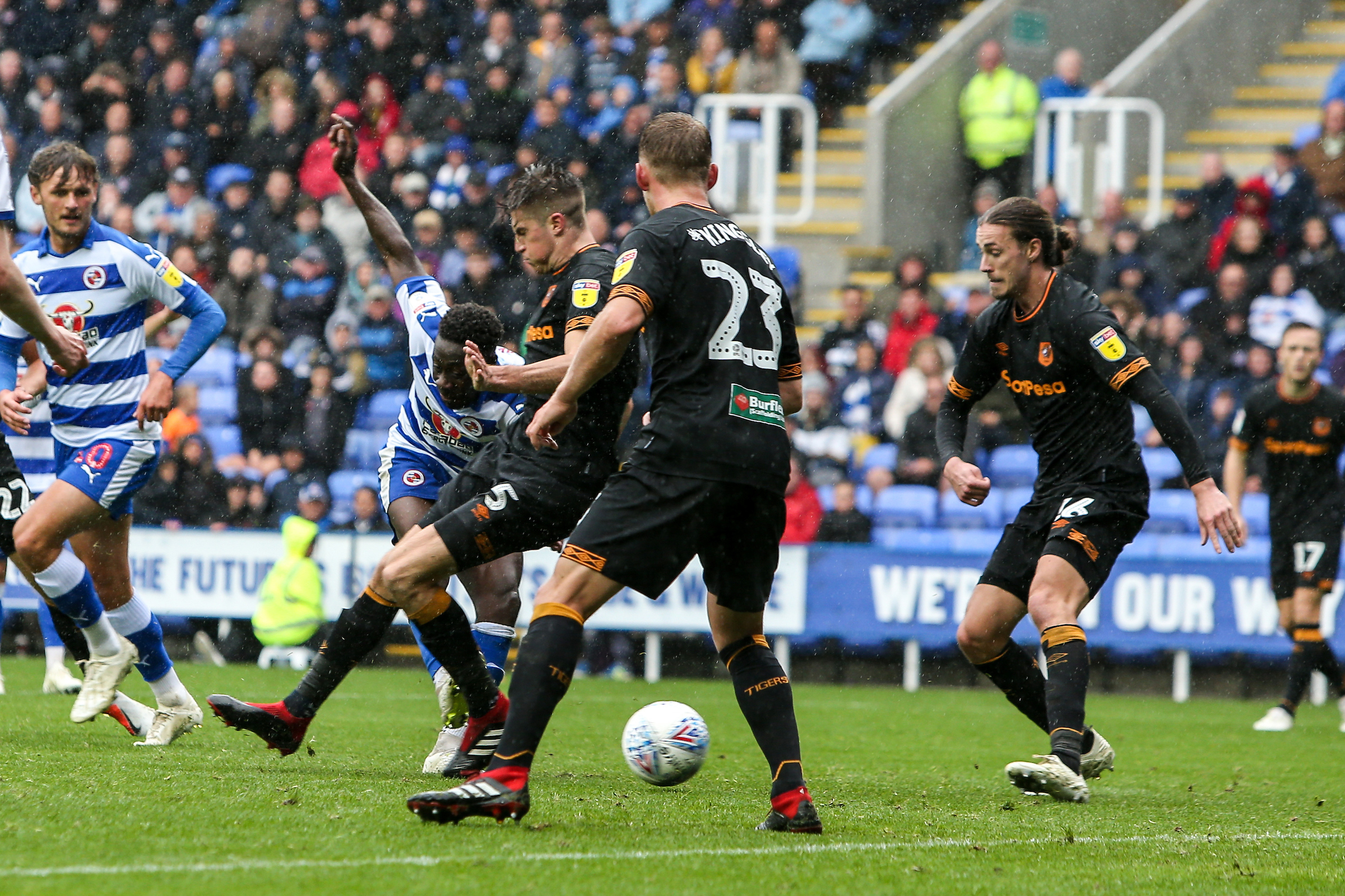 Andy Yaidom fires home his first goal for Reading in the win against Hull City. Pictures: Jason Dawson