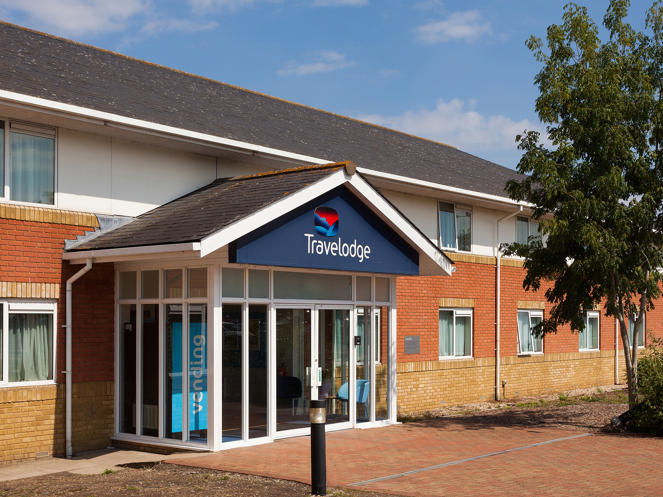 Reading M4 West Travelodge discovers a brand new rowing machine forgotten by a lodger
