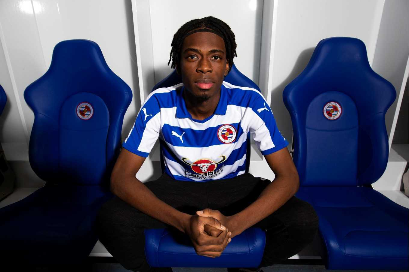 Ovie Erajia signs for Reading FC