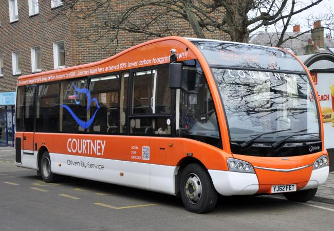 Reading Buses agree terms to purchase Courtney Buses
