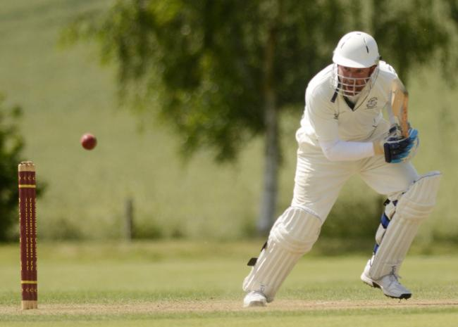 180629 - Cookham Dean (bowling) v Peppard Stoke Row (batting) - pics by Paul Johns.Richard Ashton.