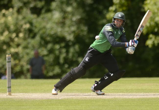 180614 - Berkshire (green) v Oxfordshire - pics by Paul Johns.Richard Morris.